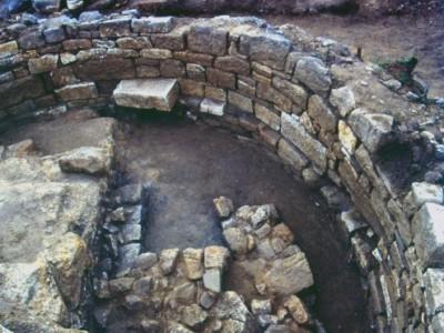 Гробница Аристотеля