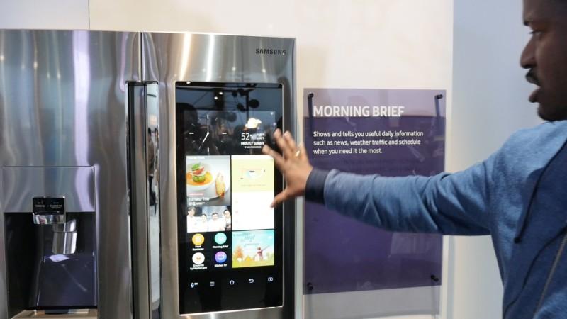 В США был дан старт продаж холодильника Samsung Family Hub