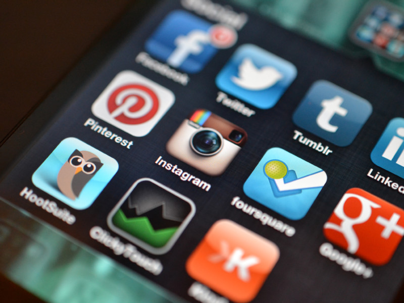 Десятилетний мальчик обнаружил уязвимость в Instagram