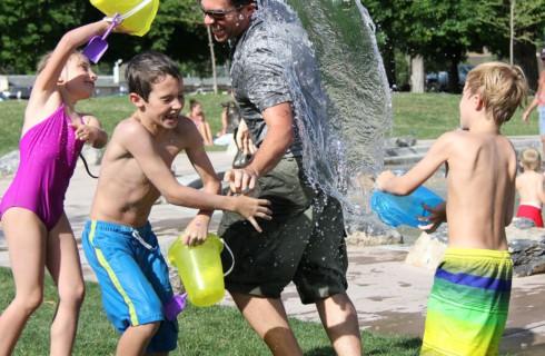 Игры с отцами усмиряют гнев малышей