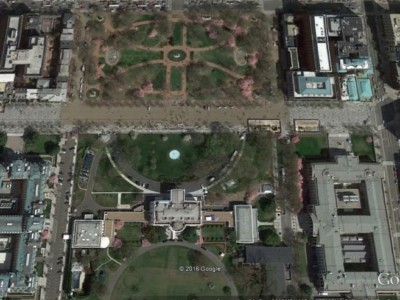 Парк Lafayette Square