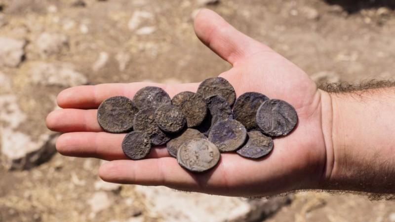Ученые нашли тайник в Израиле
