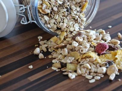 Цельнозерновые продукты: мюсли