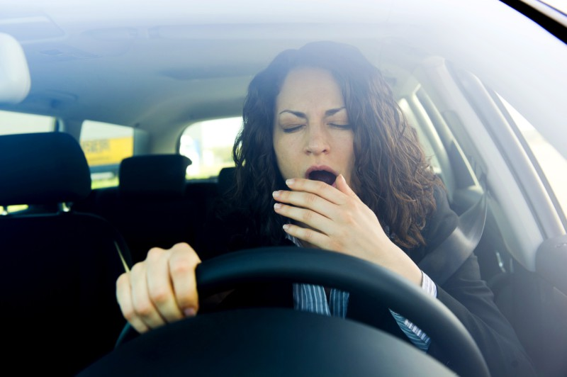 Ученые из Новосибирска создали прибор, помогающий не заснуть водителю
