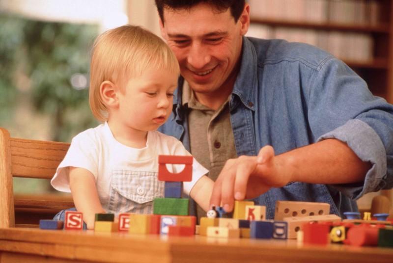 Самыми худшими отцами признаны англичане