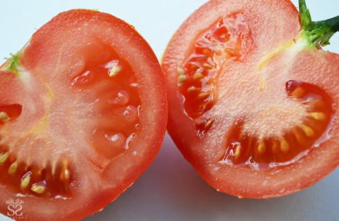 9 продуктов, защищающих от солнца