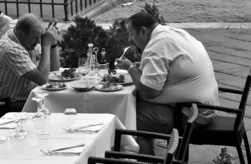 Светлые ночи приводят к ожирению
