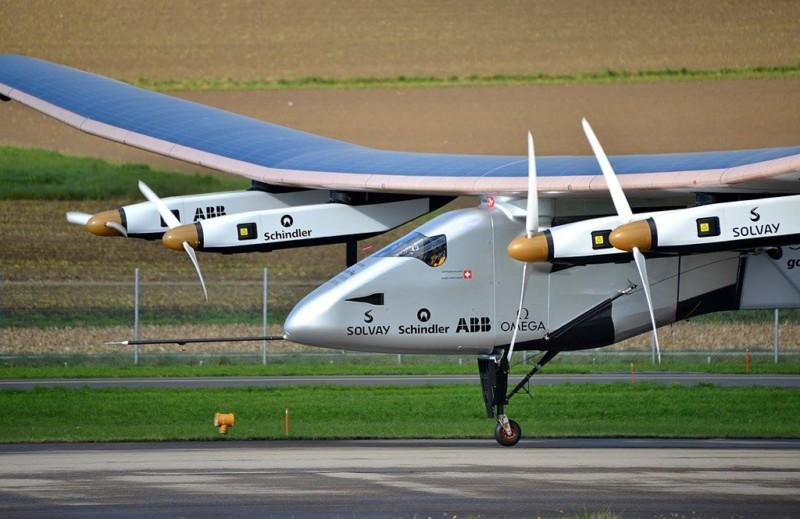 Solar Impulse 2 наконец-то облетел Землю