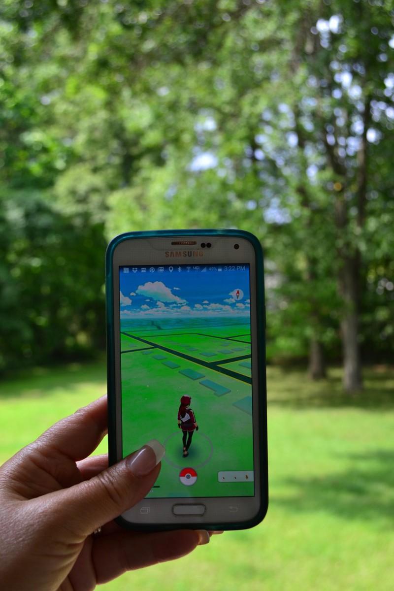Сбербанк начал страховать игроков в Pokemon Go