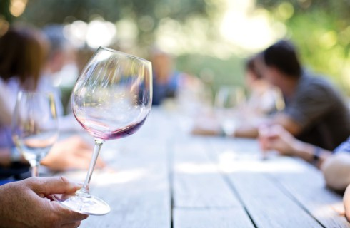 Отказ от вина спасет от семи форм рака