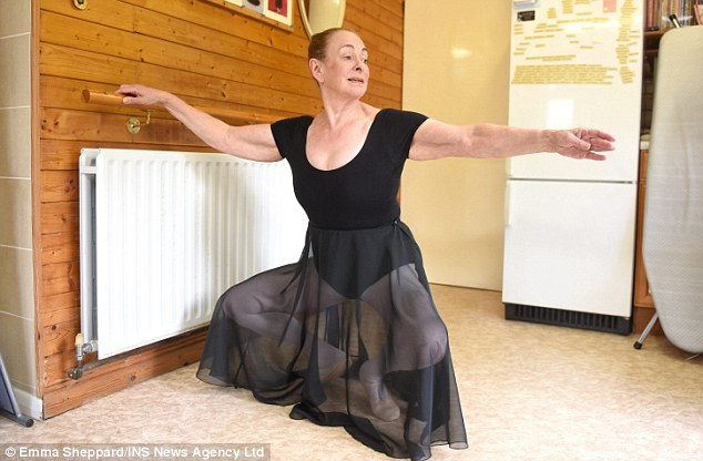 71 год – время становиться балериной