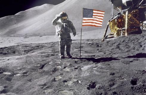 """Сумка с """"Аполлон-11"""" была случайно продана"""