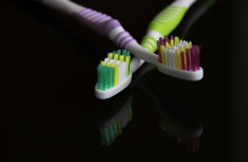 Правильная чистка зубов спасет от рака