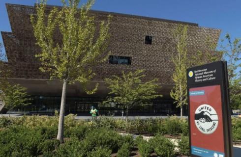 Музей афроамериканской истории открылся в США