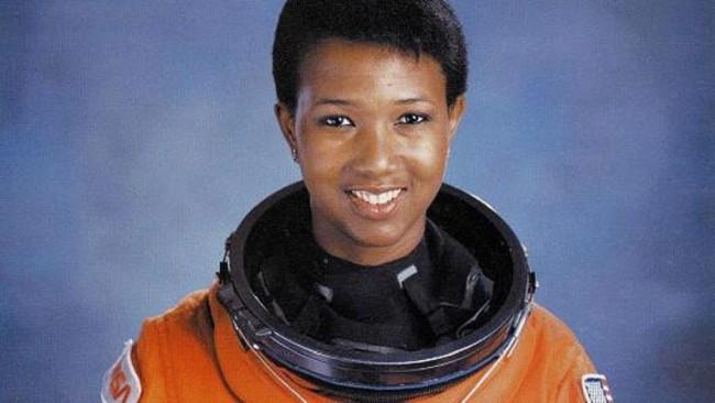 Астронавты верят во внеземную жизнь