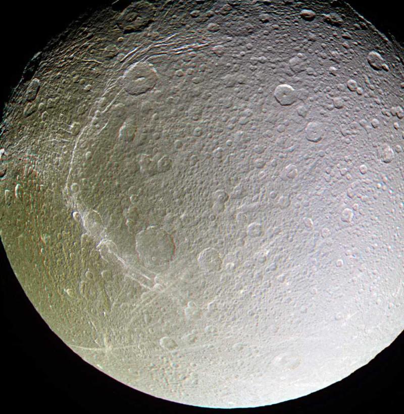 Спутник Сатурна скрывал океан