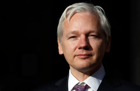 Ассанж пообещал пролить свет на связь Google и властей США