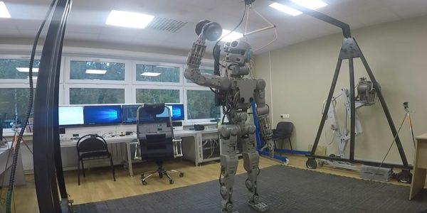 Русского космического робота представят направославном консилиуме