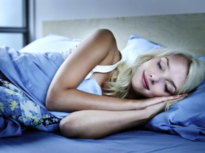 Женщины должны спать  дольше