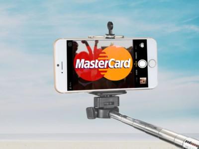 Платежи с помощью селфи в  MasterCard