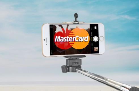 Селфи позволит подтверждать платежи MasterCard