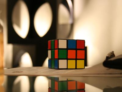 Собрать кубик Рубика легко