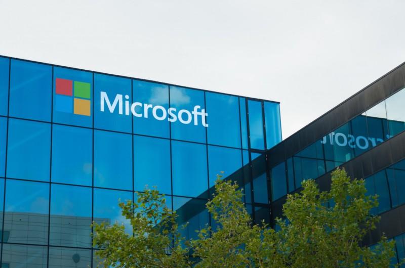 Microsoft создала клавиатуру с сенсорным экраном раньше Apple
