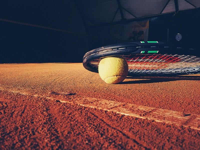 Теннис продлевает жизнь вдвое
