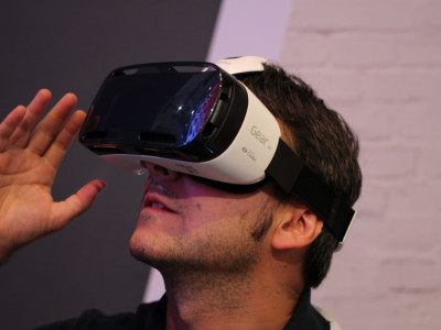 Недорогие гаджеты: Samsung Gear VR