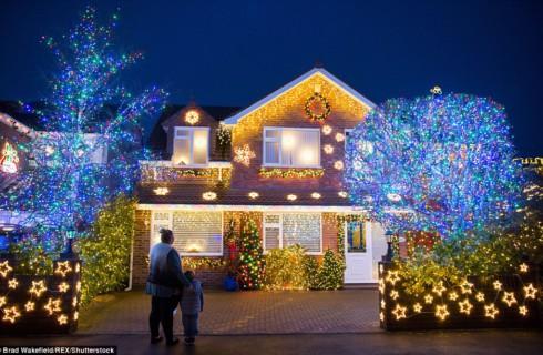 Выявлена самая праздничная улица Британии