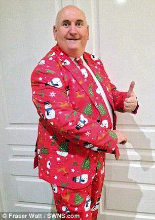 Британец устроил себе самое длинное Рождество в мире