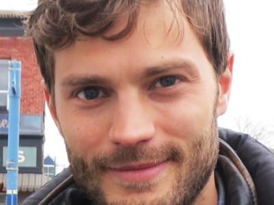 Борода популярна среди современных мужчин. Джейми Дорнан