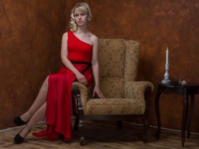 В чем встретить Новый 2017 год: Красное платье