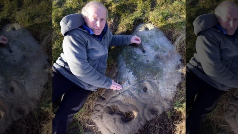Первое селфи сделали на камне