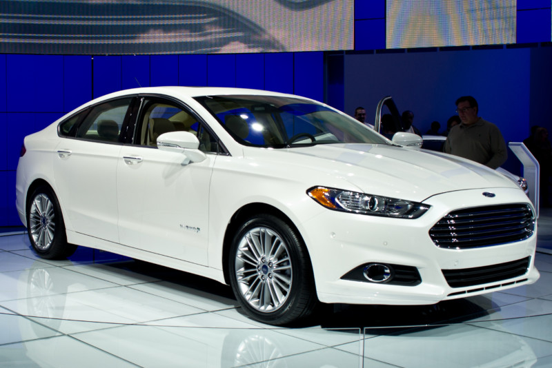 Презентовано новое поколение беспилотной модели Ford Fusion