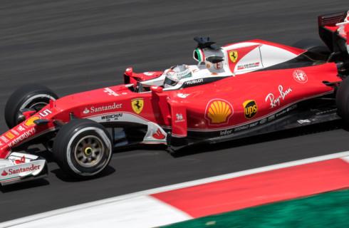 Гонкам Ferrari удлинят базу