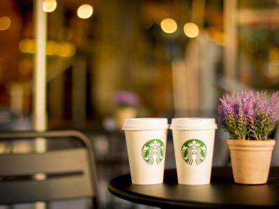 Переработка стаканчиков из-под кофе Starbucks