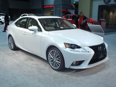Самые надежные авто: Lexus IS 250