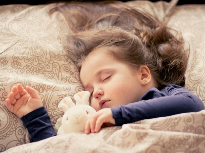 Поза во время сна все расскажет о характере человека