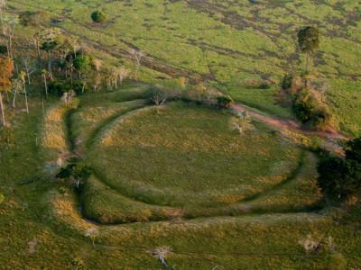 Древние геоглифы лесов Амазонии