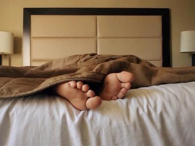 Прогулки на свежем воздухе помогут уснуть