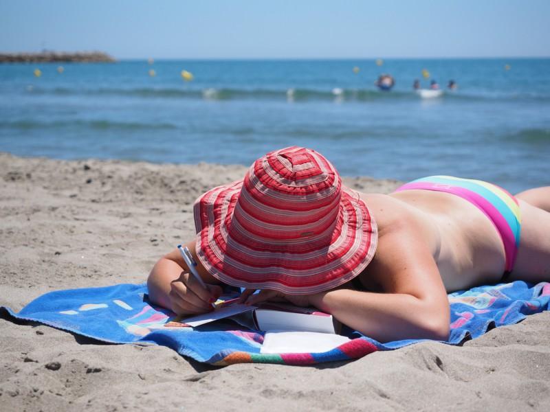 Ученые узнали, сколько человеку нужно загорать насолнце