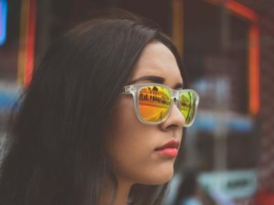 Видеть больше цветов помогут очки