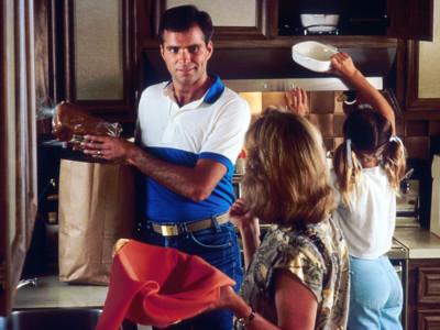 Чем привлекают мужчины — работа по дому