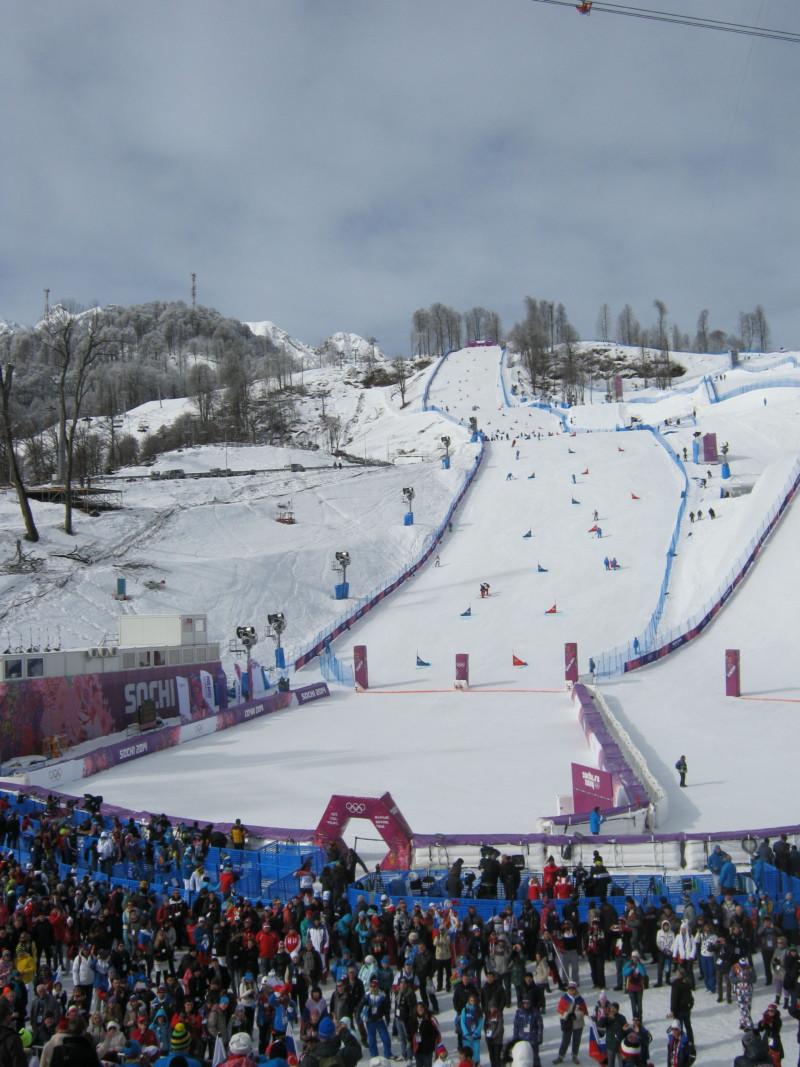Лыжники в купальниках установили рекорд в Сочи