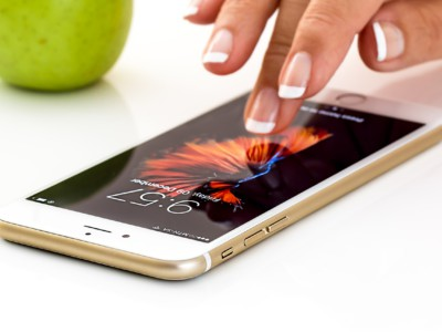 Самовосстанавливающийся материал пригодится в смартфонах