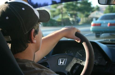 Благоразумия добавит вождение автомобиля