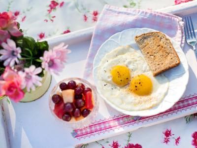 Ускорить метаболизм можно правильным завтраком
