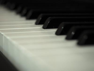 Яндекс пишет музыку