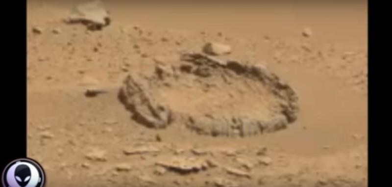 Стоунхендж обнаружили на Марсе